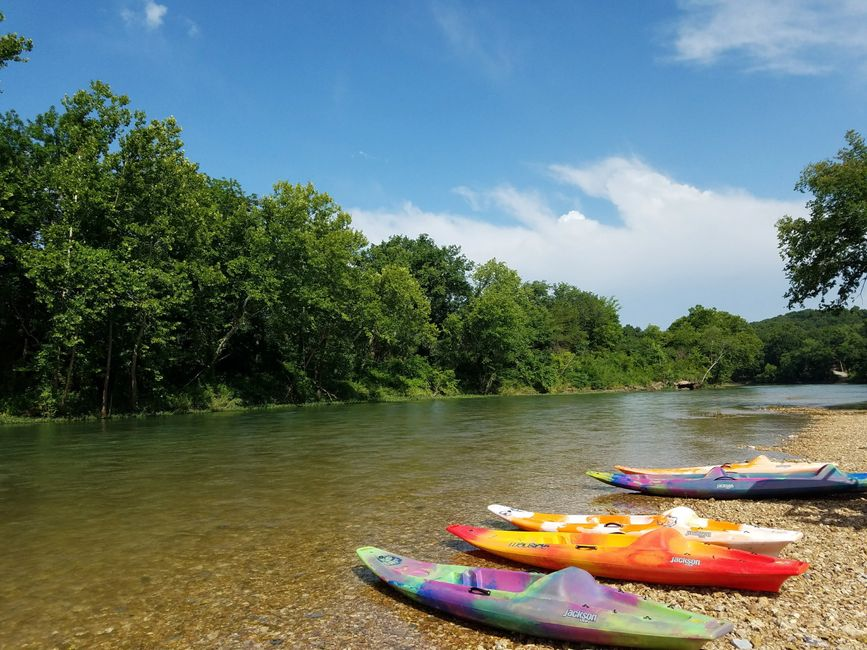 Elk River Floats Kayaks in Pineville Missouri
