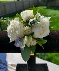 Corsage white roses