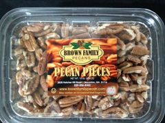 Medium shelled pecan pieces. 1lb container