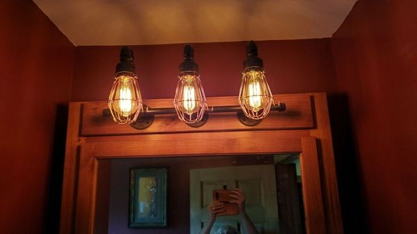 3 Bulb Industrial Water Pipe Wall Lighting Fixture with cages