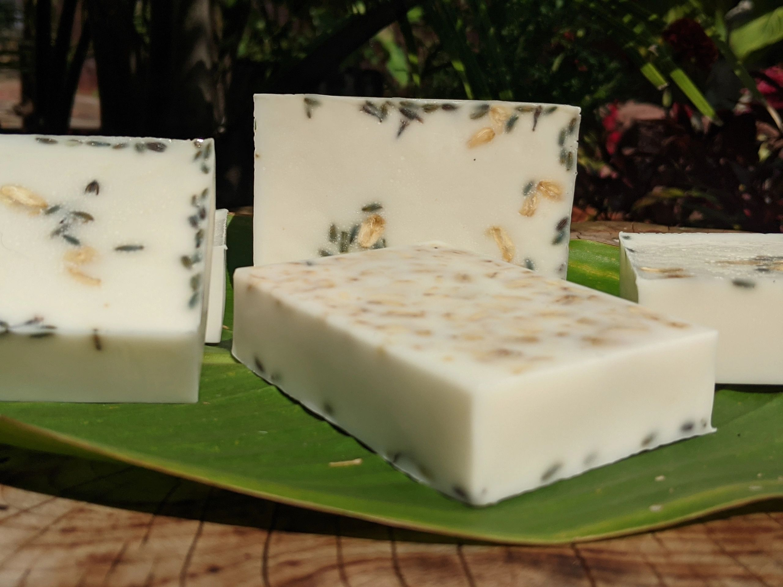 white lavender & oats chamomile baby soap bars 4oz
