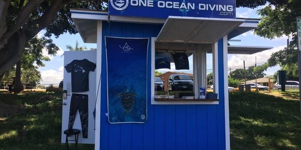 One Ocean Diving Kiosk, where to meet for you shark dive in Hawaii. One Ocean Diving Office. One Ocean Diving Kiosk. One Ocean Designs Store