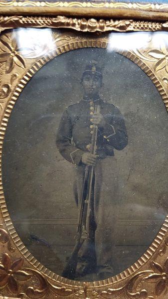 NEW YORK SOLDIER TINTYPE