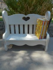 Bench/bookshelf-wooden white: small *local PICK-UP only
