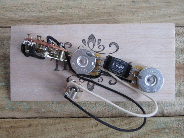 FENDER® Telecaster 60's Version Wiring Harness Vintage Back CTS Pots