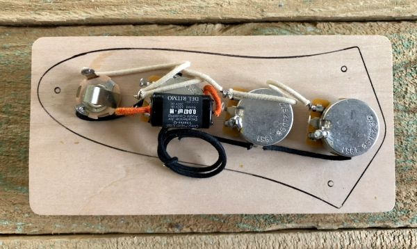 FENDER™ JAZZ Bass Wiring Harness 250K Pot's - Oiled Paper Capacitor