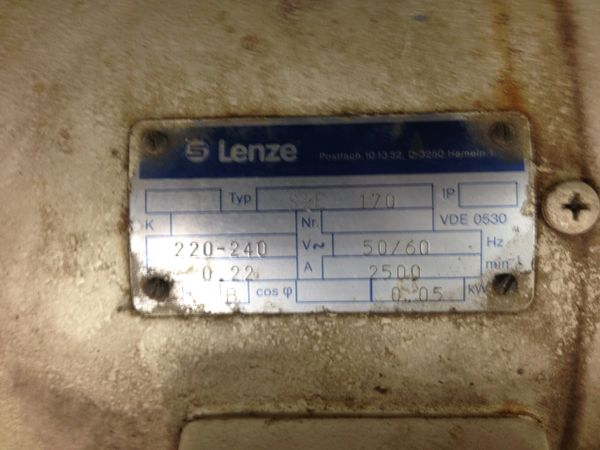 3HP 260/200VDC 3000 LENZE WITH GEARBOX AND BRAKE TYPE 12 602 16 1