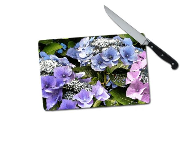 Hydrangea Small Tempered Glass Cutting Board