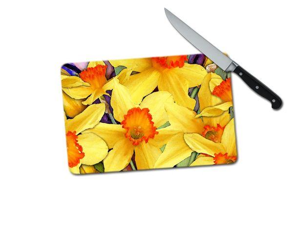 Daffodil Small Tempered Glass Cutting Board