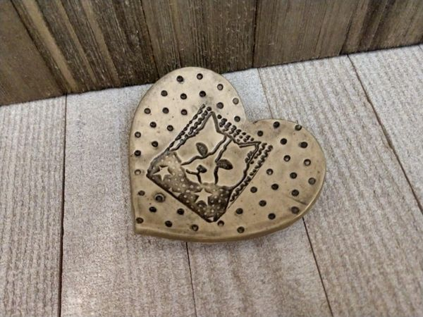 Hand Built Pottery Ring Dish Beige Heart Cat
