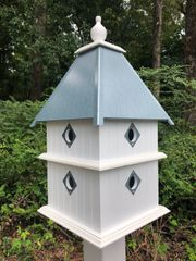 Plantation House , Deluxe Guards and Premium Finial