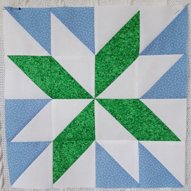 Starflower quilt block HeatherMakes sewing quilting tutorial