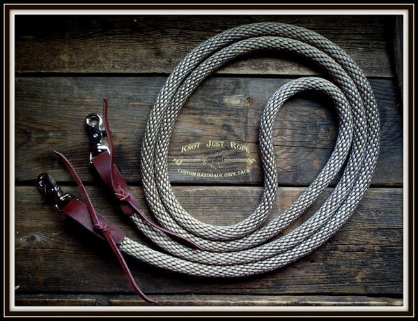 "5/8"" Loop Reins w/ Leather Water Straps"
