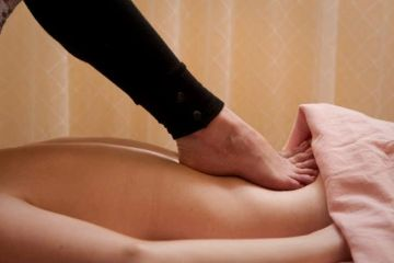 Massage deep tissue barefoot massage Ashiatsu day spa massage therapy