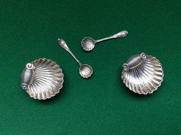189 - Pair Of Silver Salt Cellars, Birmingham 1900 :SOLD: