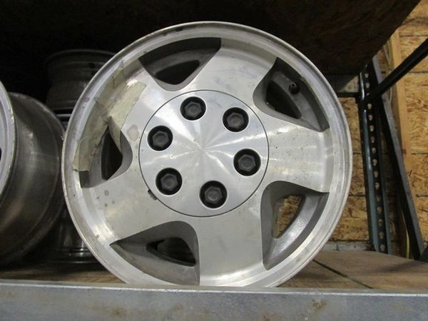 SET OF WHEELS FOR GM-CHEVY TRUCK OR SUV