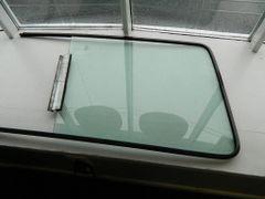 WINDOW (PASSENER SIDE) FOR 2002-2006 DODGE SPRINTER