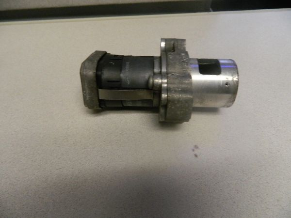 EGR VALVE FOR 2004-2006 DODGE SPRINTER