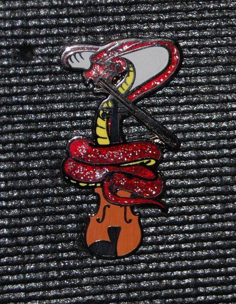 Stringduster Cobra Hatpin
