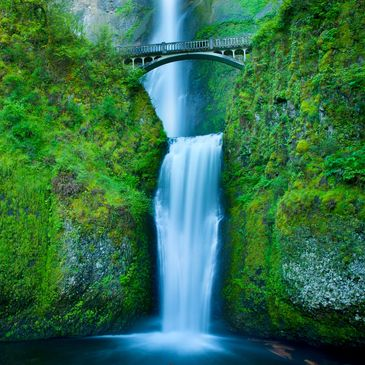Multnomah Falls a bridge to paradise in Kym Roberts' Tickled to Death Mysteries