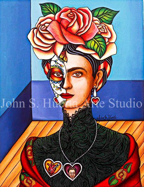 Frida in black lace