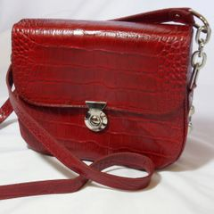 Red Vanna Saddle Bag - Loopty Loop