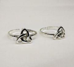 Silver tribal toe ring
