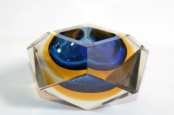 Multi Faceted Murano Glass Ashtray Attributed to F. Poli by Vetri Molati Murano