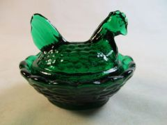 Rosso Emerald Green Small Hen on Basket Nesting Dish #13-2B