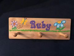 PERSONALIZED SPRING FLOWER 3 PEG HANGER - HAND PAINTED (NATURAL WOOD)