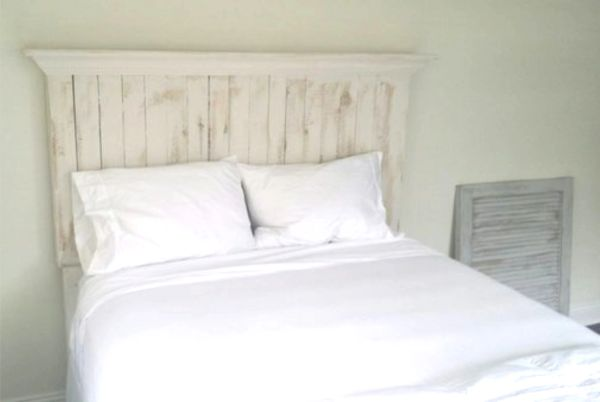 Pallet Wood Headboard with Crown Molding Shelf