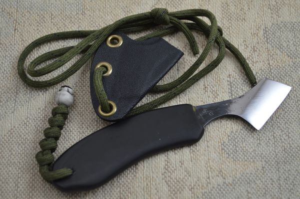 "G.H.K. ""Razor Dashi"" Fixed Blade Neck Knife (SOLD)"