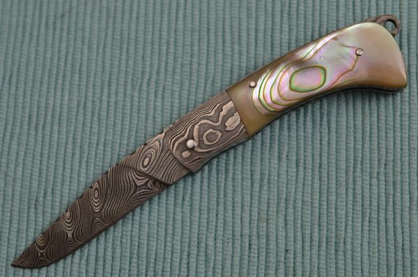 Wayne Valachovic, M.S. Damascus, Abalone, Tail-Lock Gents Folder (SOLD)