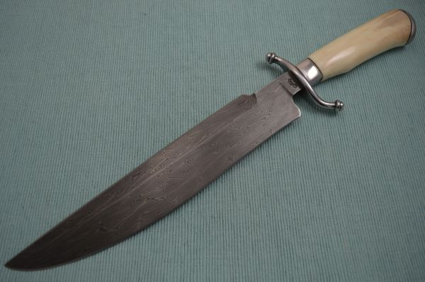 Gary Mulkey Merovingian Pattern Damascus FIGHTER, Fossilized Natural Handle (SOLD)