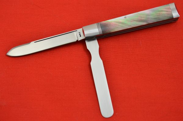 Bill Ruple Two-Blade, Black Lip Pearl Doctor's Knife (SOLD)