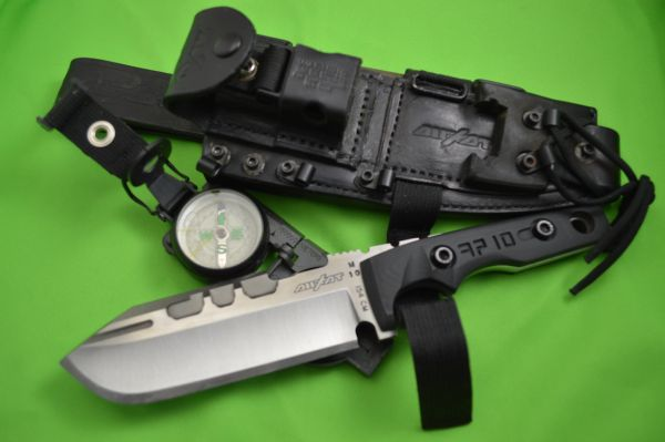 Dwaine Carrillo AIRKAT APACHE 10 Fixed Blade Knife, Leather Survival Sheath