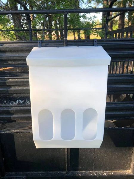 2 pack of Poly Fence Hay Feeders