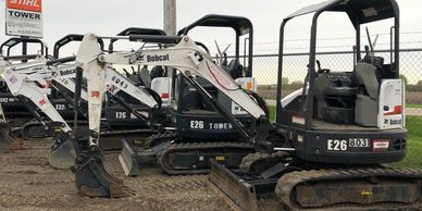 Mini excavators, digging, bobcat, kubota