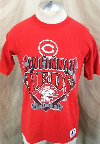 Vintage 1990 Nutmeg Cincinnati Reds Baseball (Med/Large) Retro MLB Classic Logo National League Graphic T-Shirt