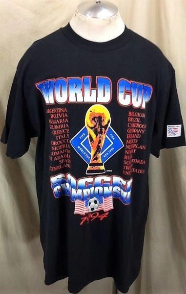 New!! Vintage 1994 FIFA World Cup Soccer (L/XL) Retro Graphic Championship Futbol T-Shirt