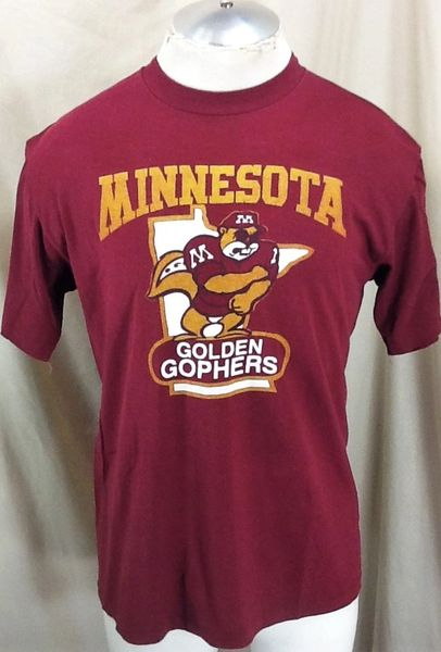 """Vintage 80's Minnesota Gophers """"MN Outline"""" (Large) Retro NCAA Single Stitch Graphic T-Shirt Maroon"""