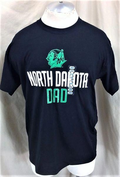 New! North Dakota Fighting Sioux Dad (Large) Retro NCAA Old Logo Short Sleeve T-Shirt