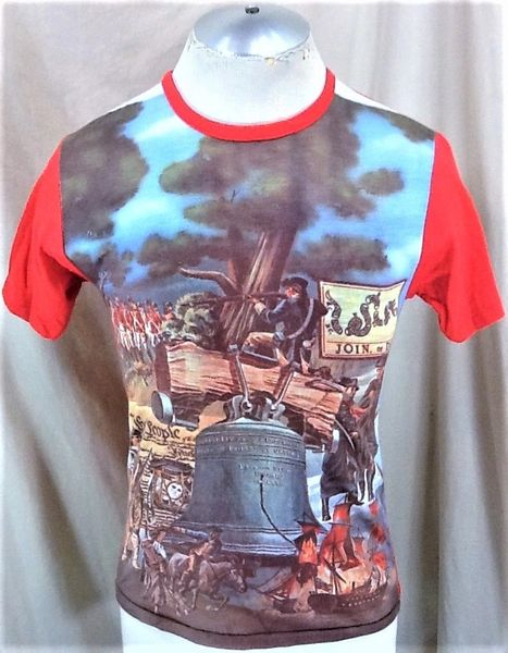 "Vintage American Revolution ""Liberty Bell"" (Sm/Med) Retro US Constitution Graphic T-Shirt"