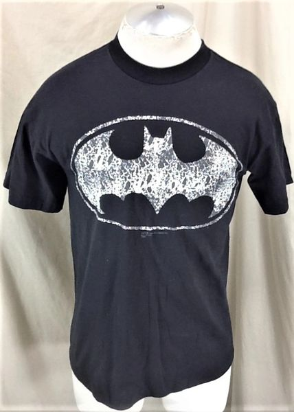 "Vintage 90's Batman ""Classic Bat Wing Logo"" (Sm/Med) Retro D.C. Comics Alt Colors Graphic T-Shirt"
