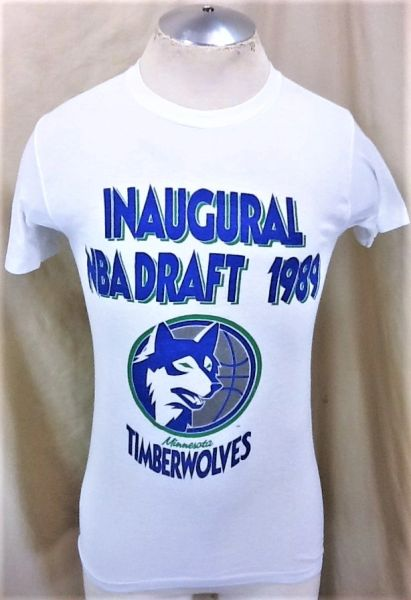 "Vintage 1989 Logo 7 Minnesota Timberwolves ""Inaugural Draft"" (Small) Retro Wolves Graphic NBA T-Shirt"