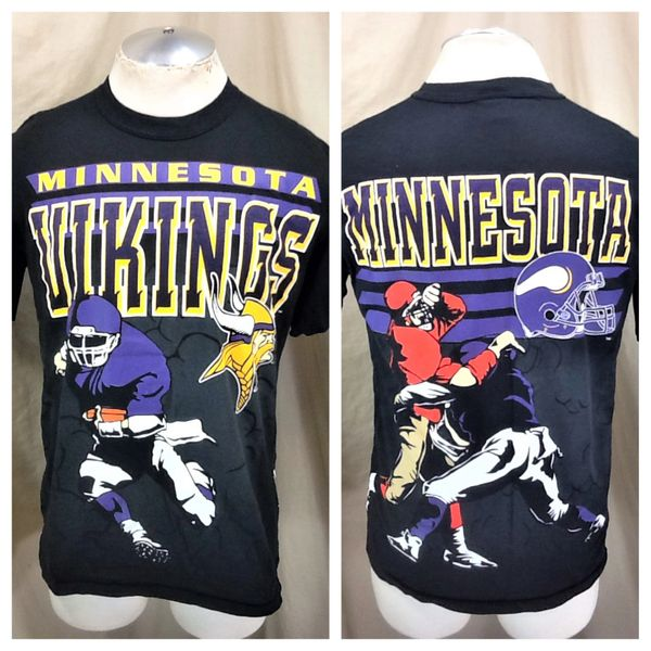 "Vintage 90's Minnesota Vikings ""Rushing Machine"" (Med) Retro NFL Football Graphic Black T-Shirt"