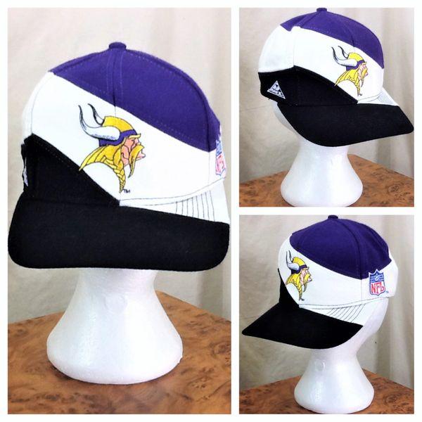 Vintage 90's Apex One Minnesota Vikings Retro NFL Football Graphic Snap Back Hat