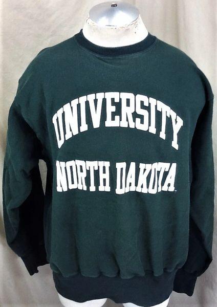 Vintage 90's Champion North Dakota Fighting Sioux (2XL) Retro NCAA Reverse Weave Crew Neck Sweatshirt