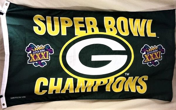 Vintage 1996 Green Bay Packers Super Bowl XXXI Champions NFL Football Graphic Fan Flag