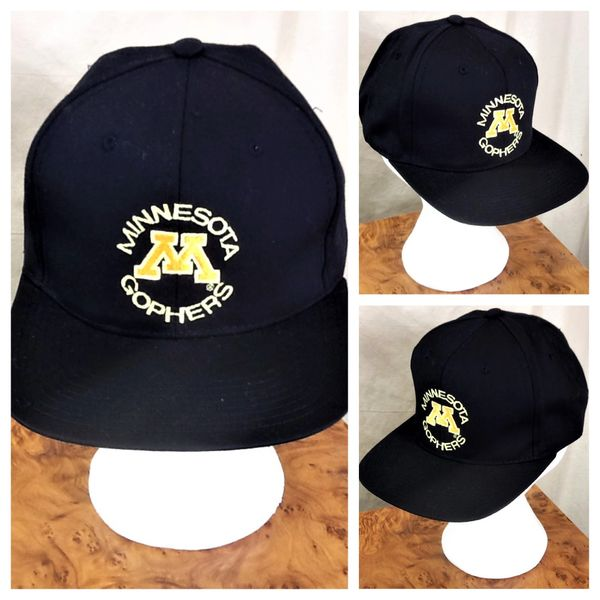 Vintage 90's Minnesota Golden Gophers Retro NCAA Graphic Snap Back Hat Black